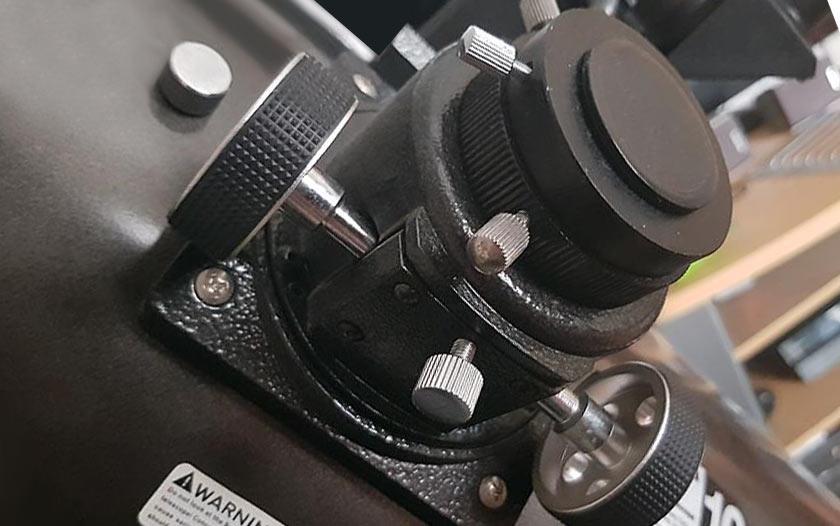 SkyQuest XT focuser