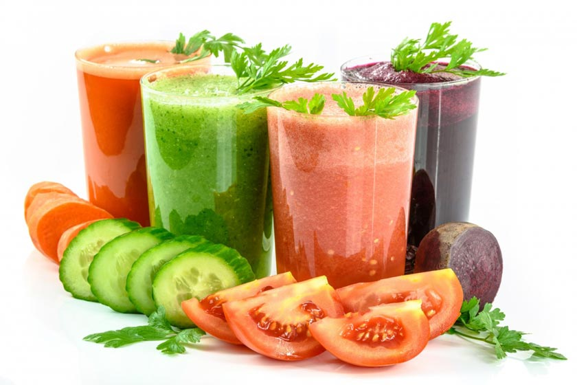 juices with tomato, cucumber, carrots, and beet
